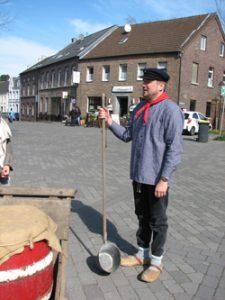 Nieukerker Stadtfuehrung historisch 3